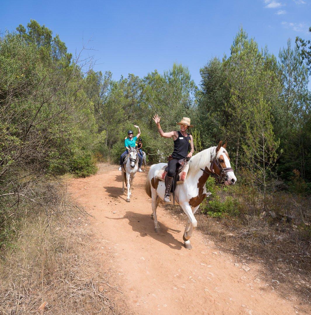 ruta a caballo por alcudia