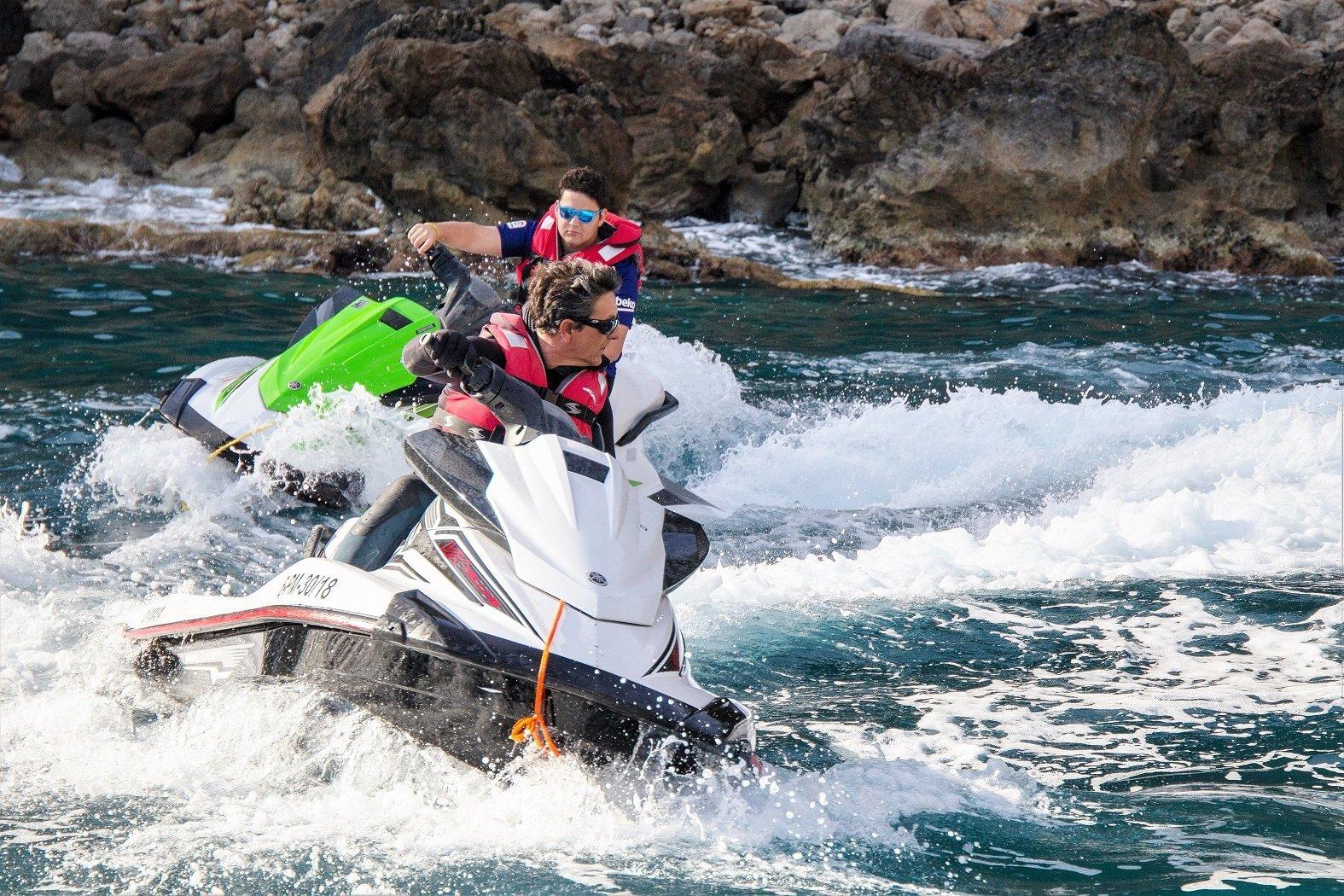 De ruta en moto de agua por Mallorca