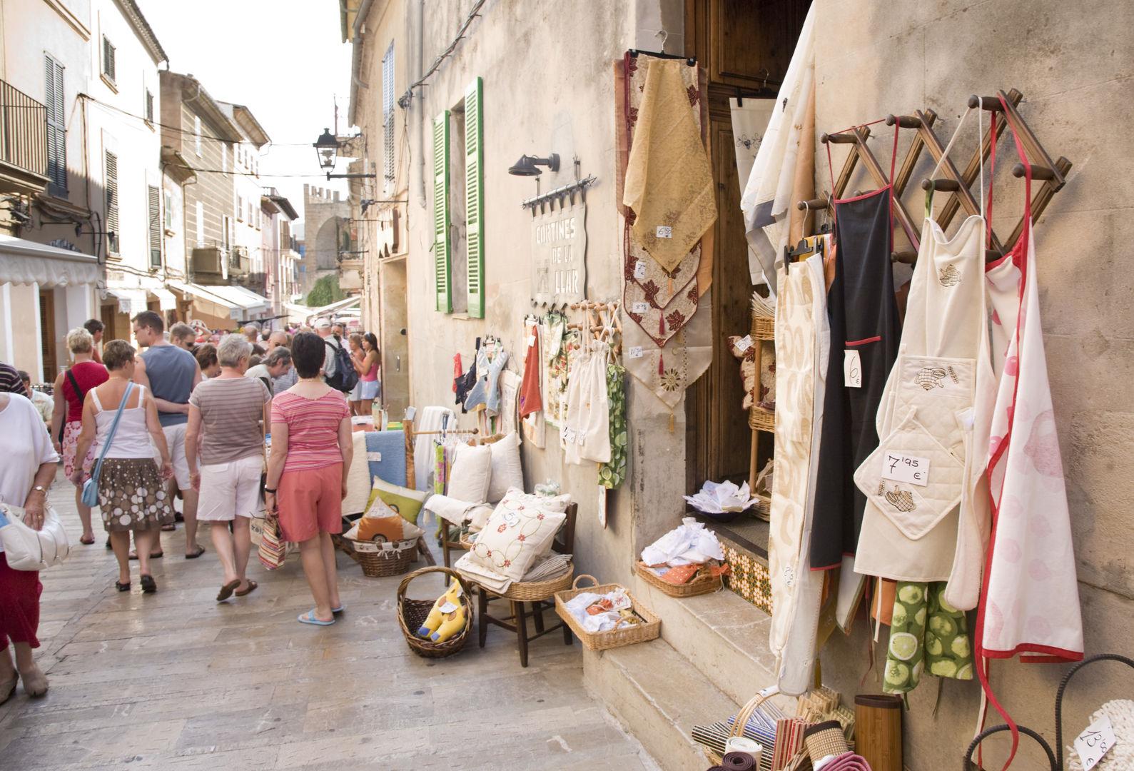 alcudia market