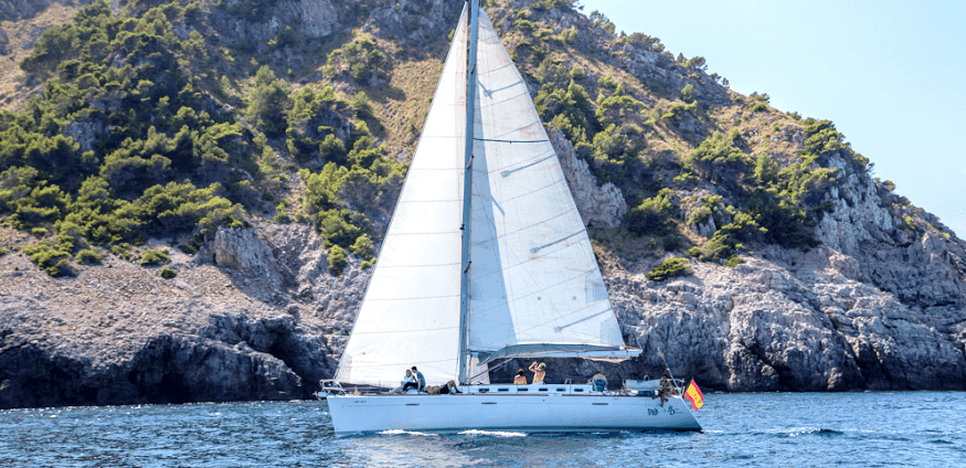 sailing boat activities in Mallorca