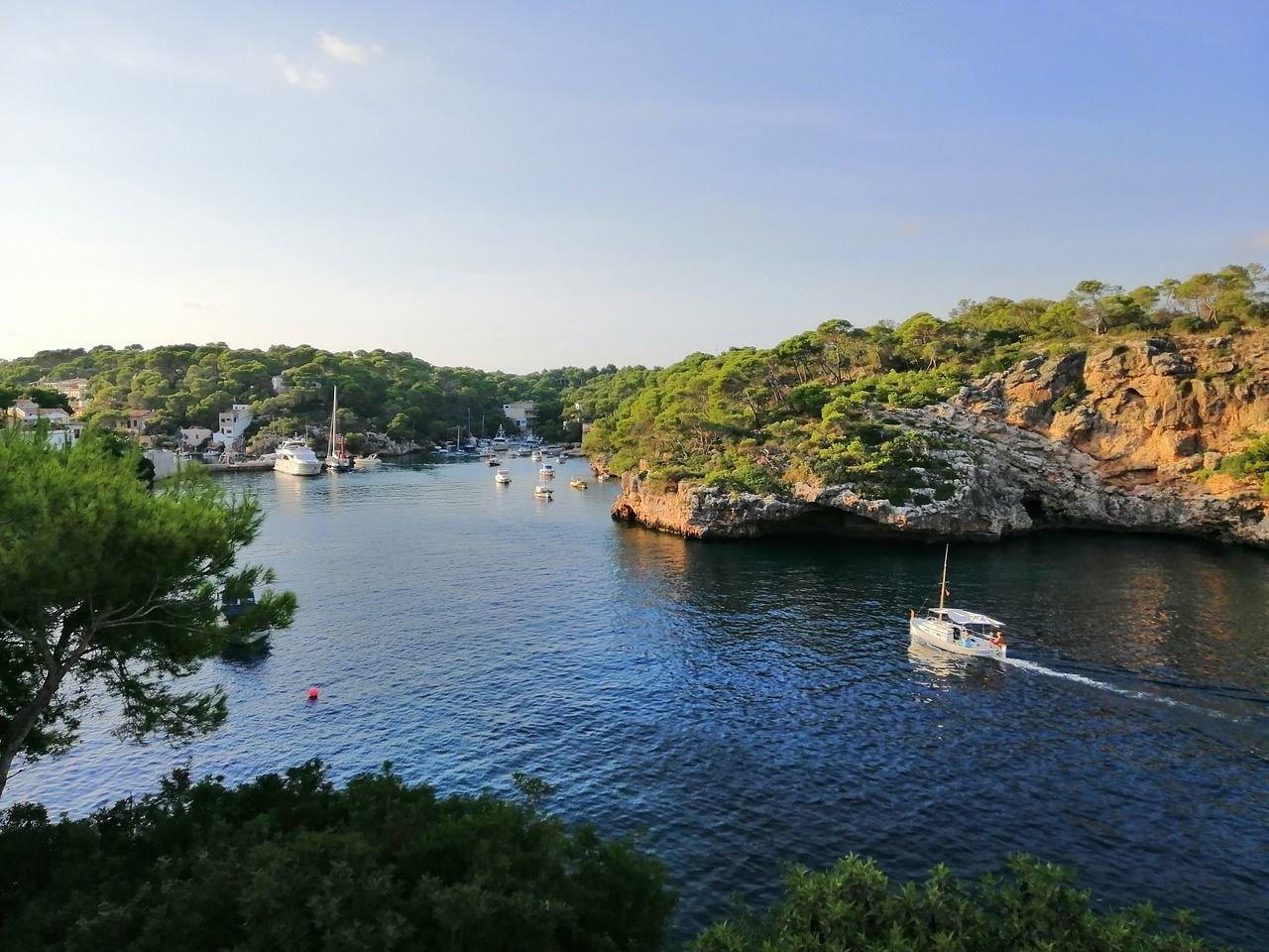 Boat Trip to Cala Figuera